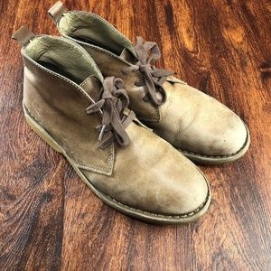 L.L. BEAN Lace Up Low Rise Brown Suede Desert Boot